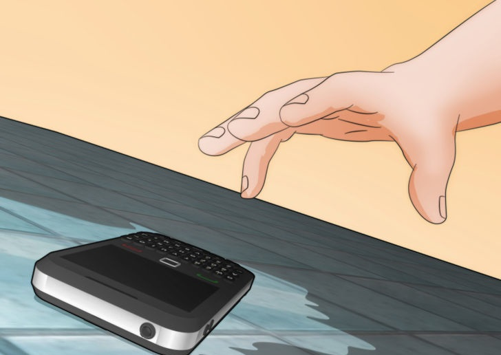what to do if your phone gets wet and wont turn on (1)